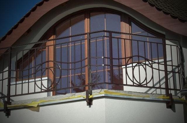 AP Zaune - Balustrady - sprzedaż i kompleksowy montaż ogrodzeń metalowych - apzaune.de